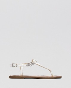 VINCE CAMUTO Flat Thong Sandals - Itelli Chain white