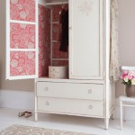 Bedroom-wardrobe-country-Country-Homes--Interiors