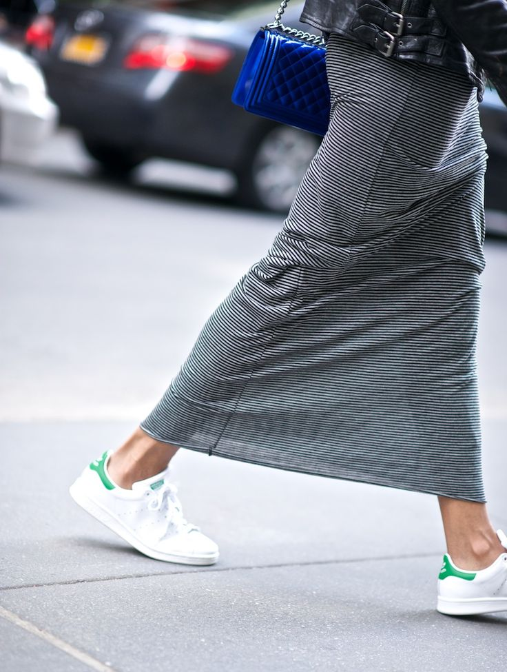 maxi skirt and trainers