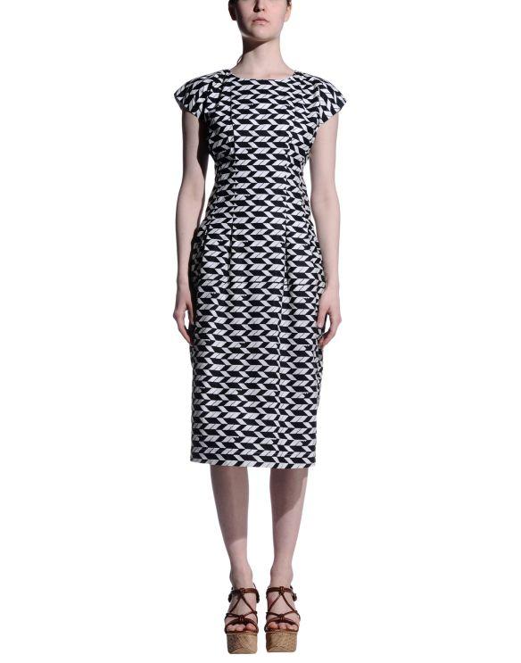 8 3/4 length dress black/white pattern