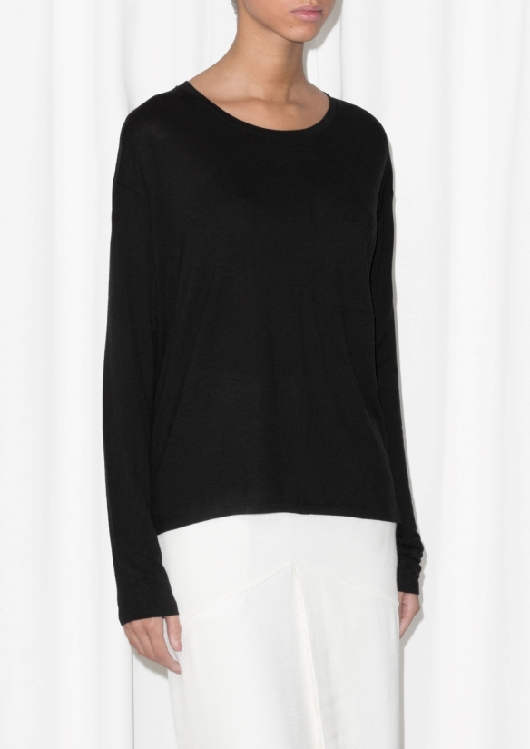 http://www.stories.com/it/Sale/All_sale/Wool-Blend_Top/590757-671706.1