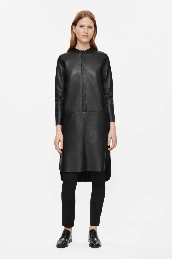 COS LEATHER SHIRT DRESS€390