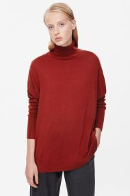 COS ROLL-NECK MERINO JUMPER brick red