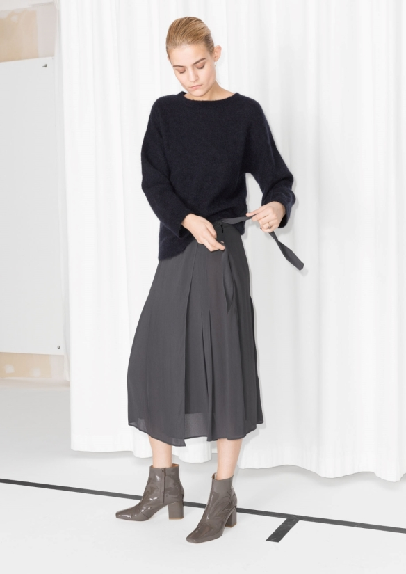 &Other Stories Pleated Skirt grey