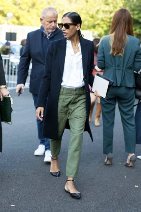 Le-Fashion-Blog-Classic-Street-Style-Round-Sunglasses-Long-Coat-Green-Utility-Pants-Gianvito-Rossi-Flats-Via-Vogue-Australia