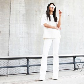 Monochrome-white
