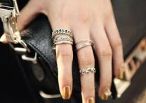 Rings (index finger + others)