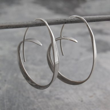 otisjaxon-925-silver-earrings-hoops